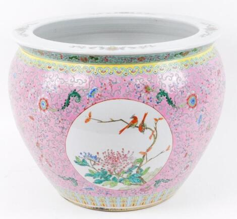 A Chinese late Qing period fish bowl