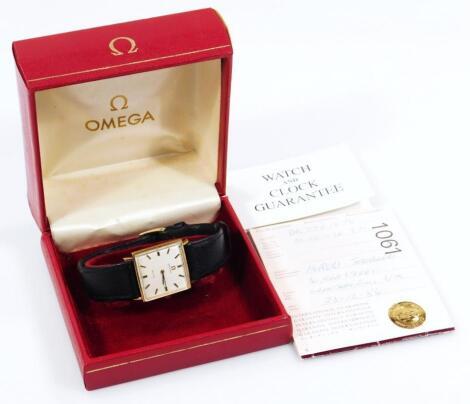 A gentleman's Omega De Ville wristwatch