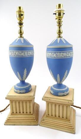 A pair of 20thC blue Jasper lamps