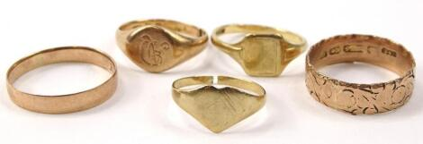 Five various 9ct gold rings