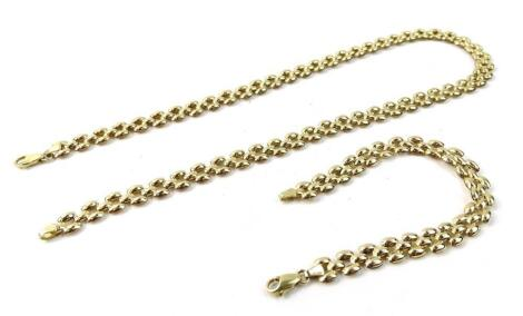 A Continental yellow metal hollow link necklace