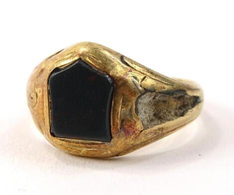An agate set dress ring
