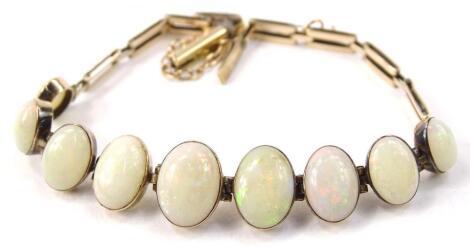 A 9ct gold opal set bracelet