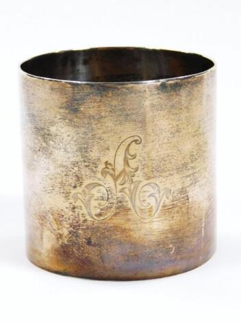 A Victorian silver napkin ring