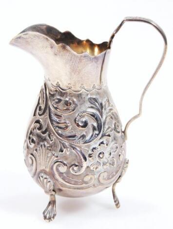 An Edwardian silver jug