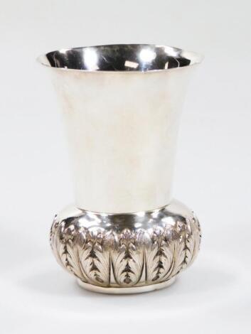 An early 20thC trumpet shaped vase