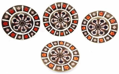A Royal Crown Derby Imari pattern plate