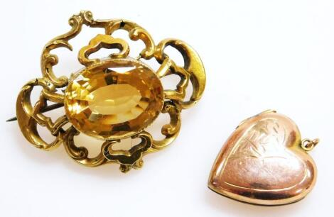 An early 20thC rococo design brooch