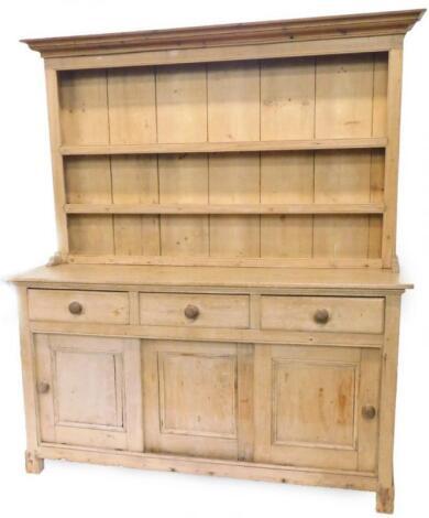 A 19thC pine dresser