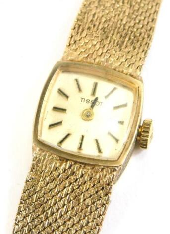 A 9ct gold Tissot ladies wristwatch