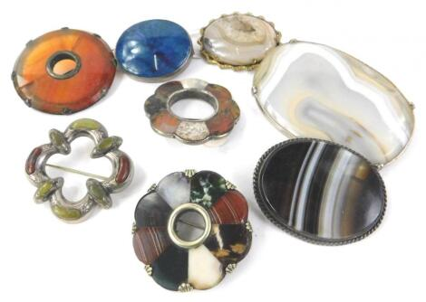 Various stone set brooches