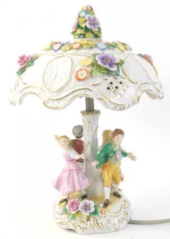 A German porcelain lamp base