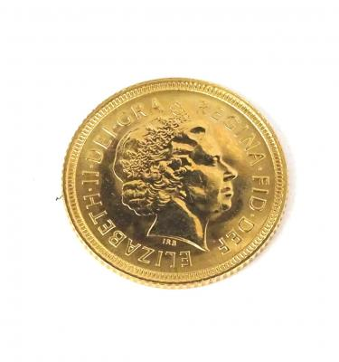 An Elizabeth II half gold sovereign, dated 2000.