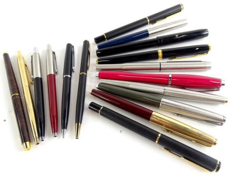 Various Parker fountain pens, to include 51 etc.