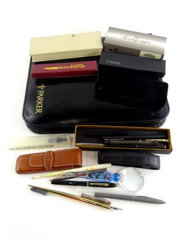 Various pen accessories, two Cross ballpoint pens, a lilac leather pen case, etc.
