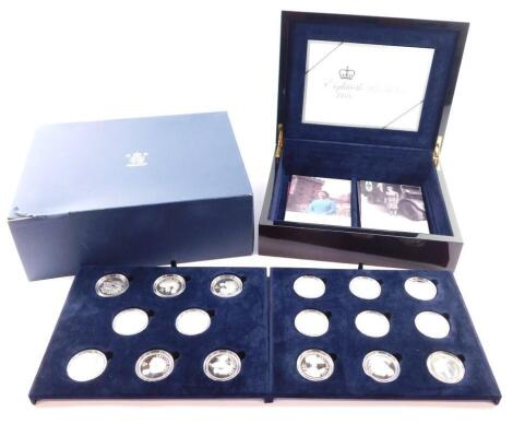 A Royal Mint Eightieth Birthday Silver Proof Coin Collection 2006, for H M Queen Elizabeth II, sixteen crowns in two trays, cased and boxed, with certificate.