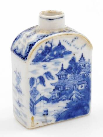 A Chinese export porcelain tea caddy, with domed top, profusely decorated in underglaze blue with buildings, bridge, trees and birds, unglazed base, 18th/19thC, 13cm high.