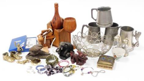 Various metal ware, etc., pewter tankards, resin elephant ornament, 10cm high, wirework basket, various brass ware, cloisonne finish lidded jar, boot, etc. (a quantity)
