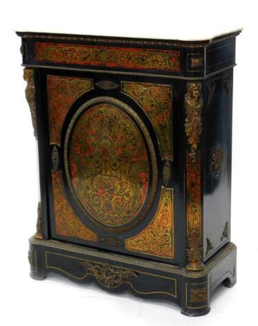 A 19thC ebonised and Boulle side cabinet, the white marble top with a moulded edge above a frieze decorated with scrolls, baskets, etc., the door with raised with a central oval panel of flowers, scrolls, etc., enclosing two shelves, flanked by female gil