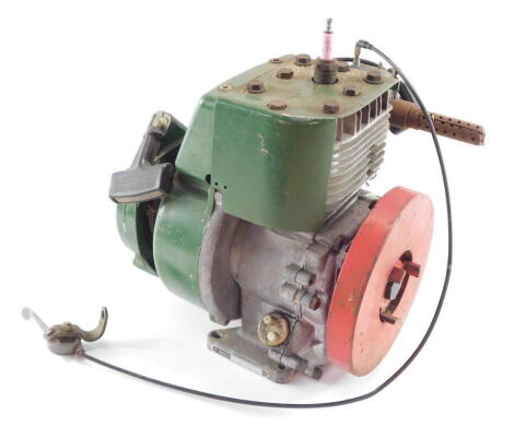 A Villiers lawnmower engine, serial no 599D 32589.