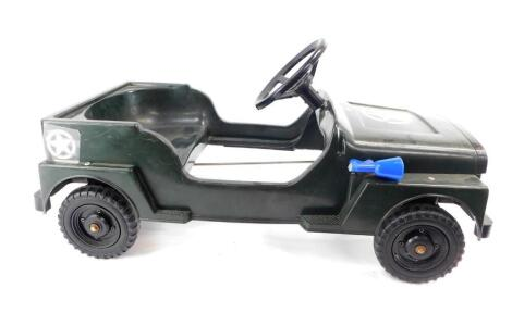 A US Army Jeep pedal car, 80cm wide.