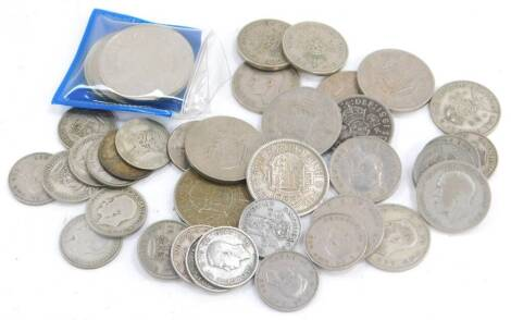 Victorian and later silver coinage, including a Victorian threepenny bit., George V florin and shillings, and George VI shillings, together with a US Quarter Dollar 1965. (a quantity)