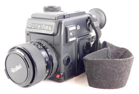 A Rolleiflex SL2000F SLR camera, with Rollei Distagon f2.8 35 mm lens.