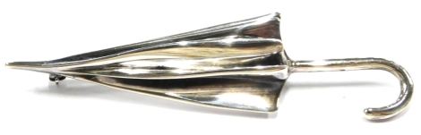 A silver umbrella brooch, with single pin back, maker JS, Sheffield 1999, 7cm long, 13g all in.