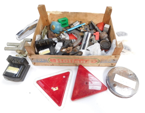 Automobilia, tools, etc. (a quantity)