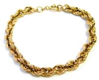 A 9ct gold thick rose twist bracelet, 19cm long, 4.9g.