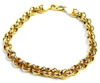 A curb link bracelet, of layered design, yellow metal stamped 375, 19cm long, 7.3g.
