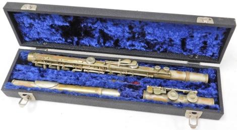 A Selmer gold seal flute, cased. (AF)