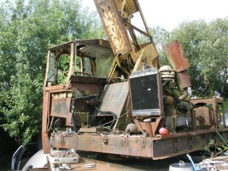 A vintage Coles of Grantham crane.