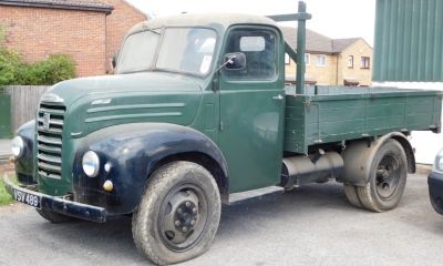 A 1955 Ford Thames SWB lorry, registration VSV 489, twin axle historic vehicle with boarded flat bed, green, first or re-register date March 1986 after restoration project, odometer reading 8,664, tax expired 1st April 1997, with V5 present. - 14