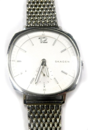 A Skagen gentlemans stainless steel cased wristwatch, with circular dial on pleated bracelet, boxed. (AF)