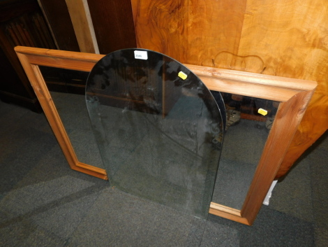A pine mirror, together with an arched mirror. (2)