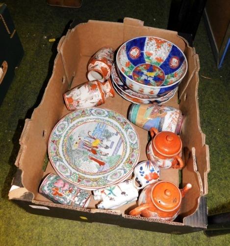 A group of Oriental wares, to include two Imari side plates, Imari bowl, pair of Japanese Kutani vases, etc. (1 box)