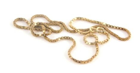 A 9ct gold box link chain, 44cm long, 7.7g.