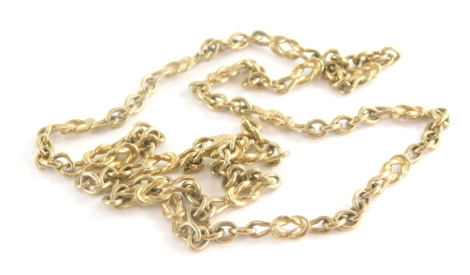 A fancy link neck chain, with ship's knot and curb link detailing, 62cm long, 25.3g.