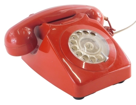 A GPO red cased dial up phone, 746R-R.
