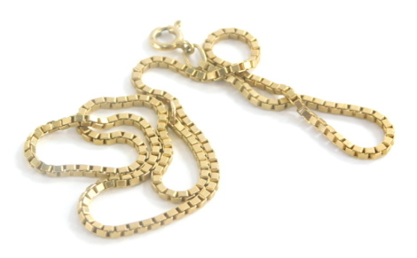 A box link chain, yellow metal stamped 9kt, 43cm long, 9.5g.
