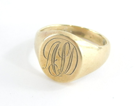 A 9ct gold gentleman's signet ring, with oval shield bearing the initials APD, hallmarks rubbed ring size M½, 8.7g.