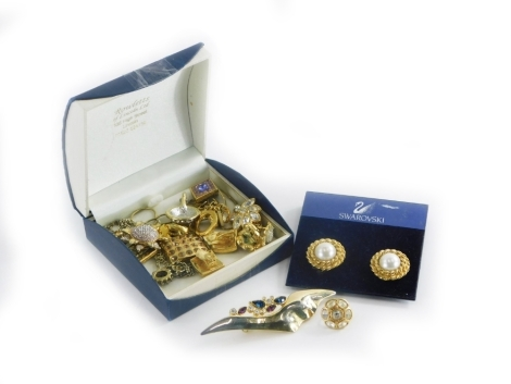 A group of Swavovski crystal and other jewellery, mainly clip on earrings, some pendants, etc. (1 box)